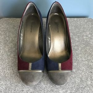 Liz Claiborne Burgundy Grey Blue Color Block Wedge